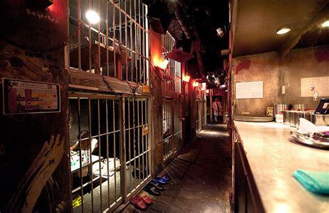 theme restaurant definition unusual days out in tokyo japan