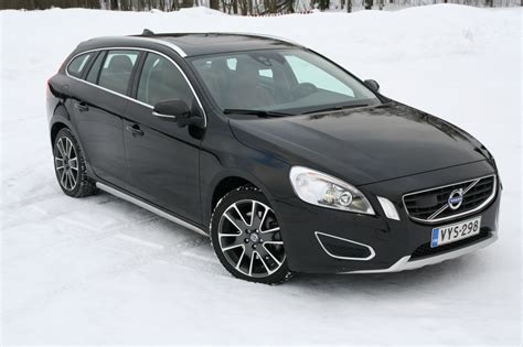 all car manuals free 2010 volvo s60 security system volvo v60 wagon 2010