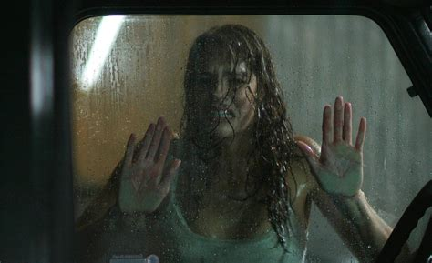 return to house on haunted hill return to house on haunted hill stills amanda righetti photo 3090687 fanpop