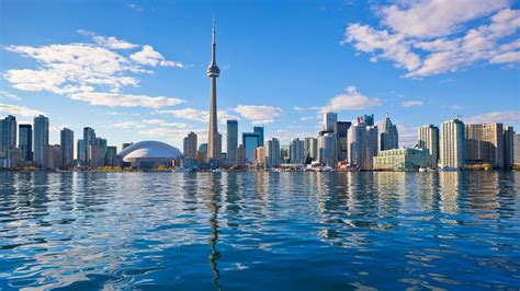 top 10 toronto dk the top 10 things to see and do in toronto