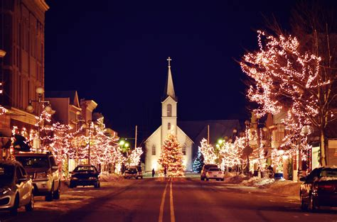 michigan christmas picture 70 things to do in northern michigan this winter stafford s