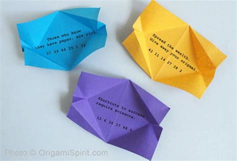Origami Fortune Cookie - how to make a fortune paper pouch an stylish origami