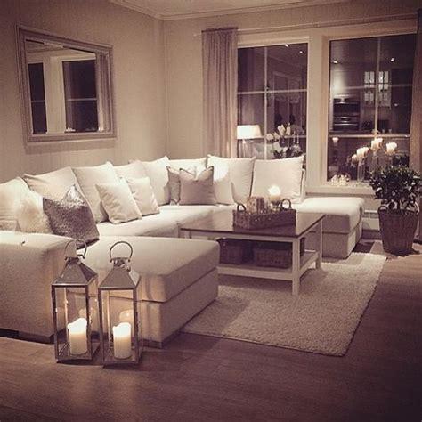divano da salotto come capire arredare il salotto 5 oggetti indispensabili