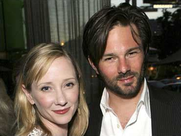 Heche Says Estranged Husband Is A Liar by Heche Says She Had Quot Day In Court Quot Cbs News