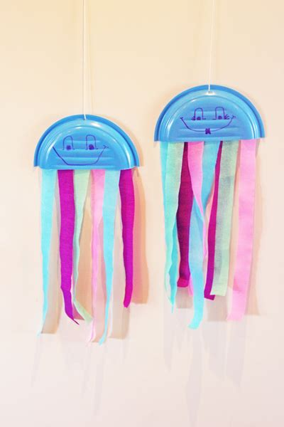 How To Make A Paper Jellyfish - paper plate jellyfish my kid craft