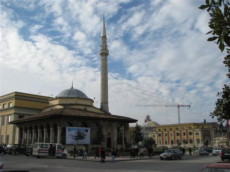 Tirna Maroon by Tirana In One Dayamara Travel Amara Travel