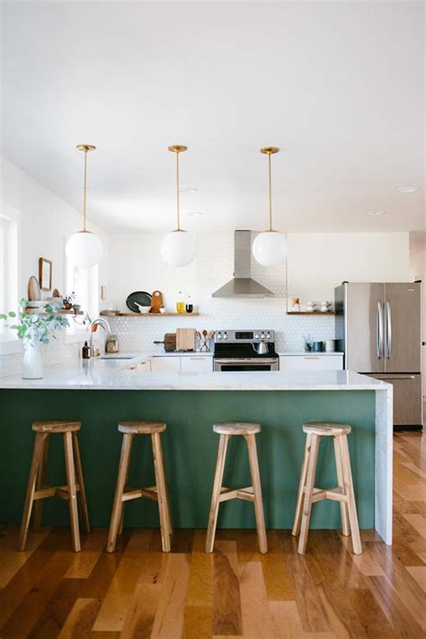 green kitchen decor color inspiration bold and brilliant emerald green