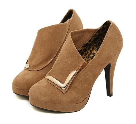 newest design metal decoration high heel platform boots