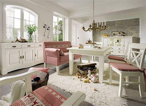 landhausmöbel wohnzimmer esstisch landhausstil massivholz innatura