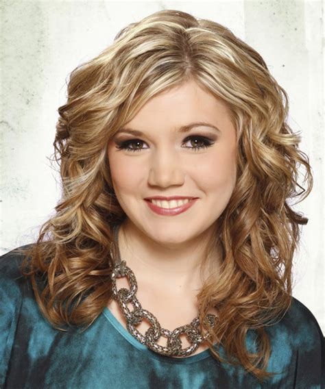 casual hairstyles with curls medium curly casual hairstyle medium blonde