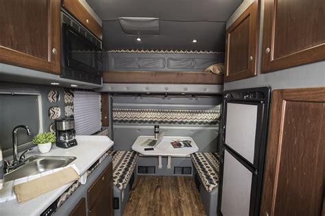 bolt  tractor trailer sleeper cab bolt custom trucks
