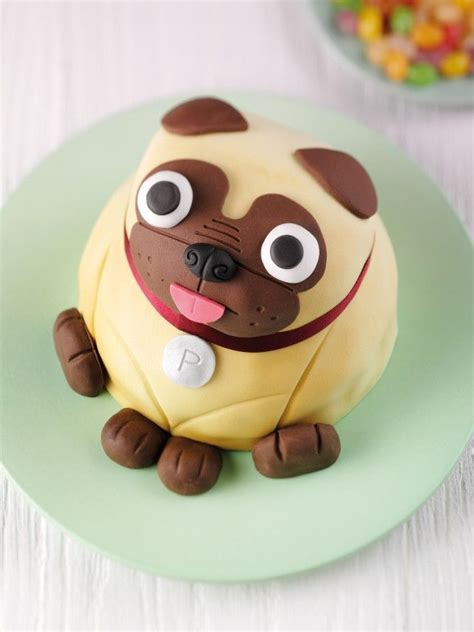 birthday cake pug look at this adorable pug cake metro news