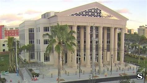 Which Has The Power To Issue Search Warrants Pill Mill Ruling Raises Questions About Power Orlando Sentinel
