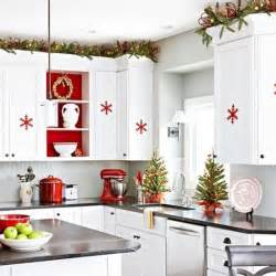 ideas for kitchen themes 40 cozy christmas kitchen d 233 cor ideas digsdigs