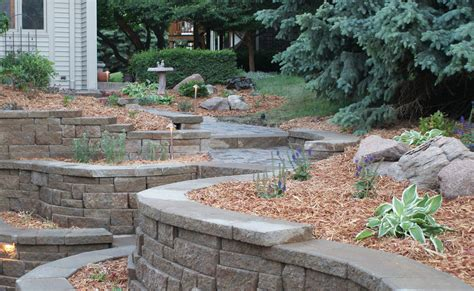 Retaining Wall Design To Create Beautiful Natural Small Garden Retaining Wall Ideas