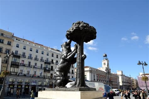 porta sol madrid puerta sol the place to start the journey in