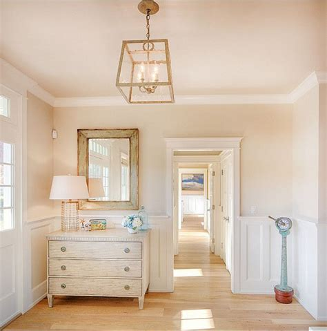 Interior Cottage Paint Colors by 1000 Ideas About Benjamin Colors On