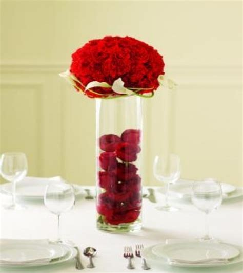 Simple Valentine S Day Table Decorations Designcorner S Day Centerpieces