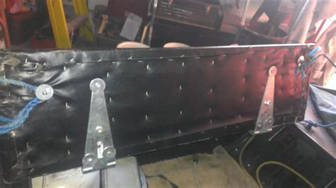 otter bench seat otter bench or seats ice fishing forum in depth outdoors