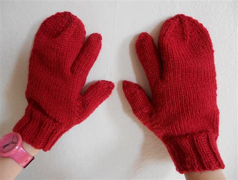 knitted gloves with fingers pattern knitting pattern pdf trigger finger mittens for and