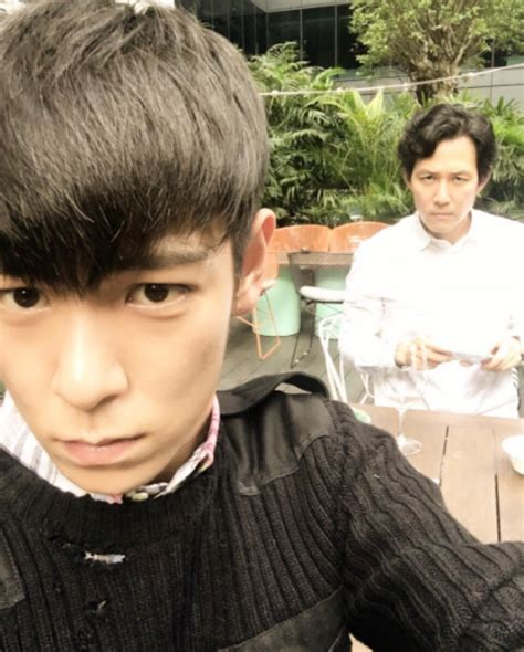 by jung soo jae in big bang photo t o p and lee jung jae look selfie perfect in new picture