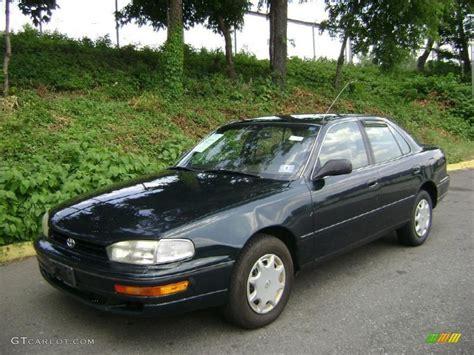 1994 toyota camry sedan 1994 emerald pearl toyota camry dx sedan 30935915