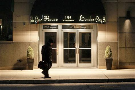 Chop House Detroit Mi by Chop House Reopens In Downtown Detroit The Blade