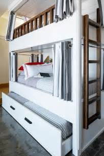 bunk beds with a trundle best 25 trundle beds ideas on trundle