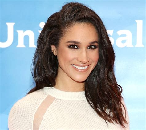 Decorating Books All Of Meghan Markle S Favorite Beauty Products Instyle Com