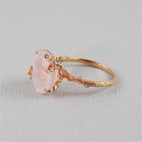 Kalung Salib Etnik 17 model cincin pernikahan terbaru cuakep