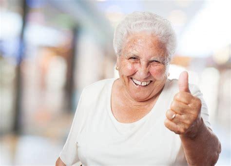 hairstyles for 80 year old grandmother of the bride le cong 233 de soutien familial devient le cong 233 du proche