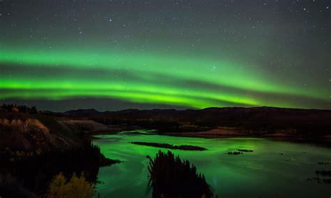 whitehorse yukon northern lights magic in the sky 8 amazing places to see the northern
