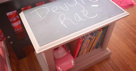 diy chalkboard shelf the junk nest diy chalkboard book shelf