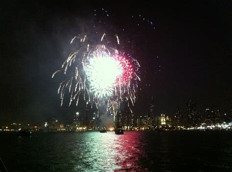 fireworks boat rental chicago fireworks cruises chicago sailboat charterspower boat