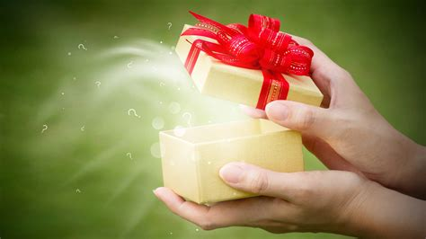 how can i give a good gift without being clich 233
