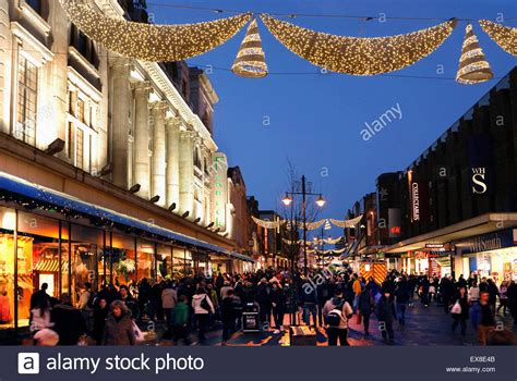 newcastle northumberland street christmas shopping on northumberland newcastle stock photo 85009243 alamy