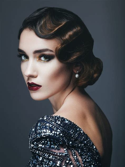 16 Flapper Hairstyles for Long Hair: Easy Style Ideas with ... Modern Flapper Hair