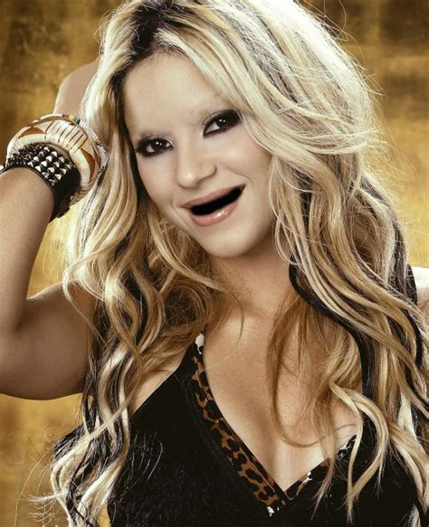 shakira extensions celebrities without teeth and eyebrows these are