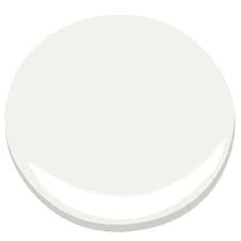decorators white vs white dove the coolest white paint colors