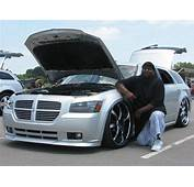 BRANDON HODGE And His Tricked Out DODGE MAGNUM 2009 Showby