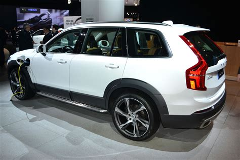 volvo xc90 t8 in hybrid of extrication