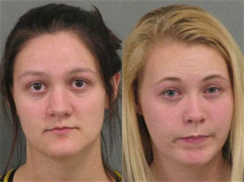 Stealing Gift Cards From Walmart - sister duo arrested for stealing clothes gift cards from fort oglethorpe walmart