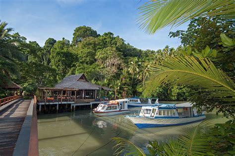 Paket Liburan Tour Bunaken Lembeh Bangka Scuba Diving eco divers manado in sulawesi indonesia safari tours