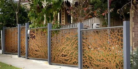 cool fence ideas for backyard 15 creative and inspiring garden fence ideas home and gardening ideas