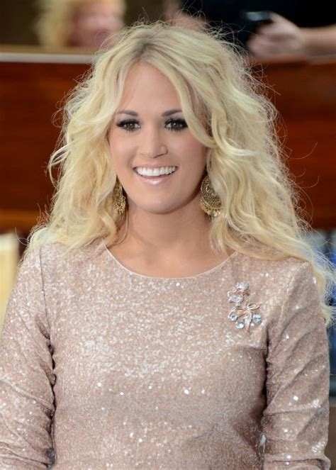 carrie underwood hairstyles hairstyles weekly hottest photo gallery of cute curled hairstyles male models picture