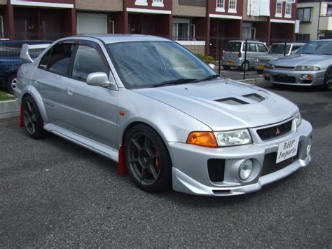 Mitsubishi Lancer Evo V Picture 11 Reviews News