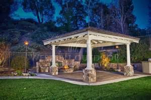 Backyard Design Ideas With Fire Pit by Fire Features Fire Pits Amp Pizza Ovens Gallery Western
