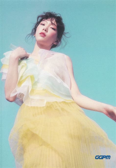 Taeyeon 1st Album My Voice Deluxe Edition taeyeon 1st album my voice deluxe edition booklet preview 3 snsd tae yeon and