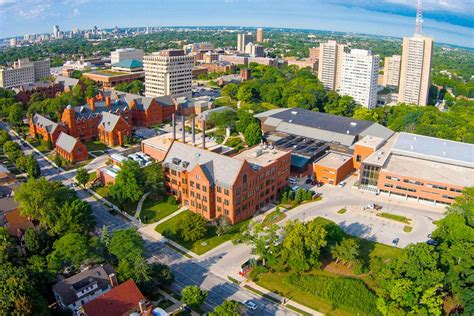 Uwm Mba Admissions by Best Of Milwaukee 2017 Winners Higher Education