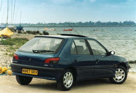 peugeot car 306 peugeot 306 hatchback 1993 2001 rivals parkers